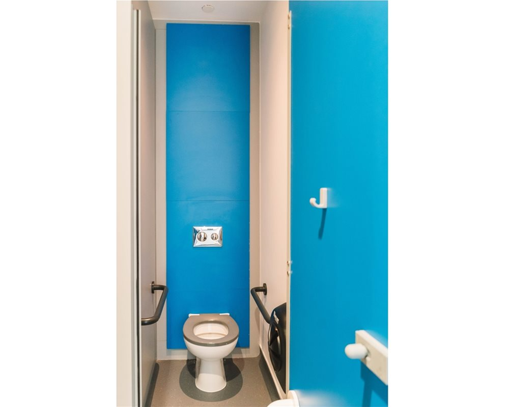Bushboard Washrooms | HiZone full height school toilet cubicles | Cobalt Blue