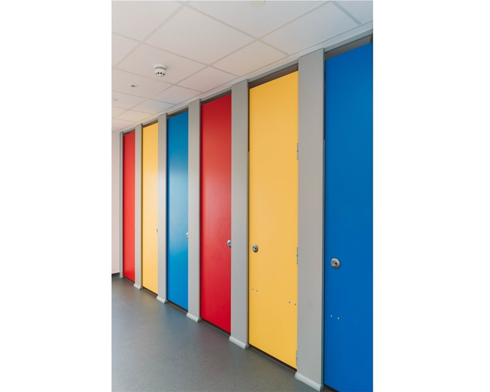 Bushboard Washrooms | HiZone full height school toilet cubicles