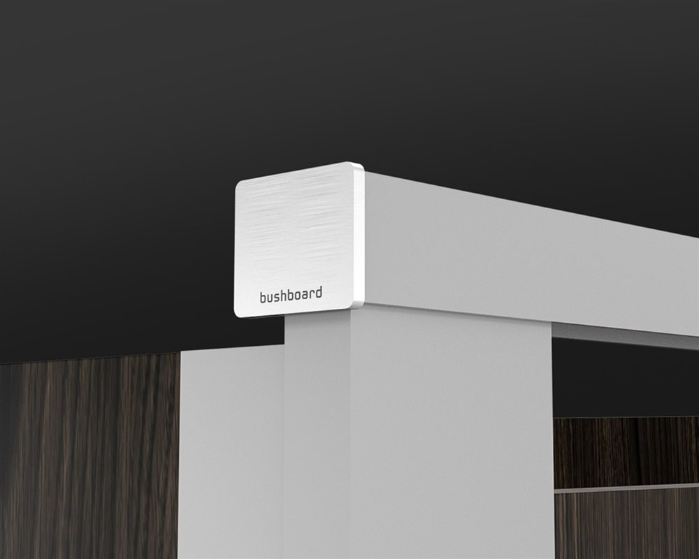 Paraline Pilaster headrail with powder coated finish with headrail