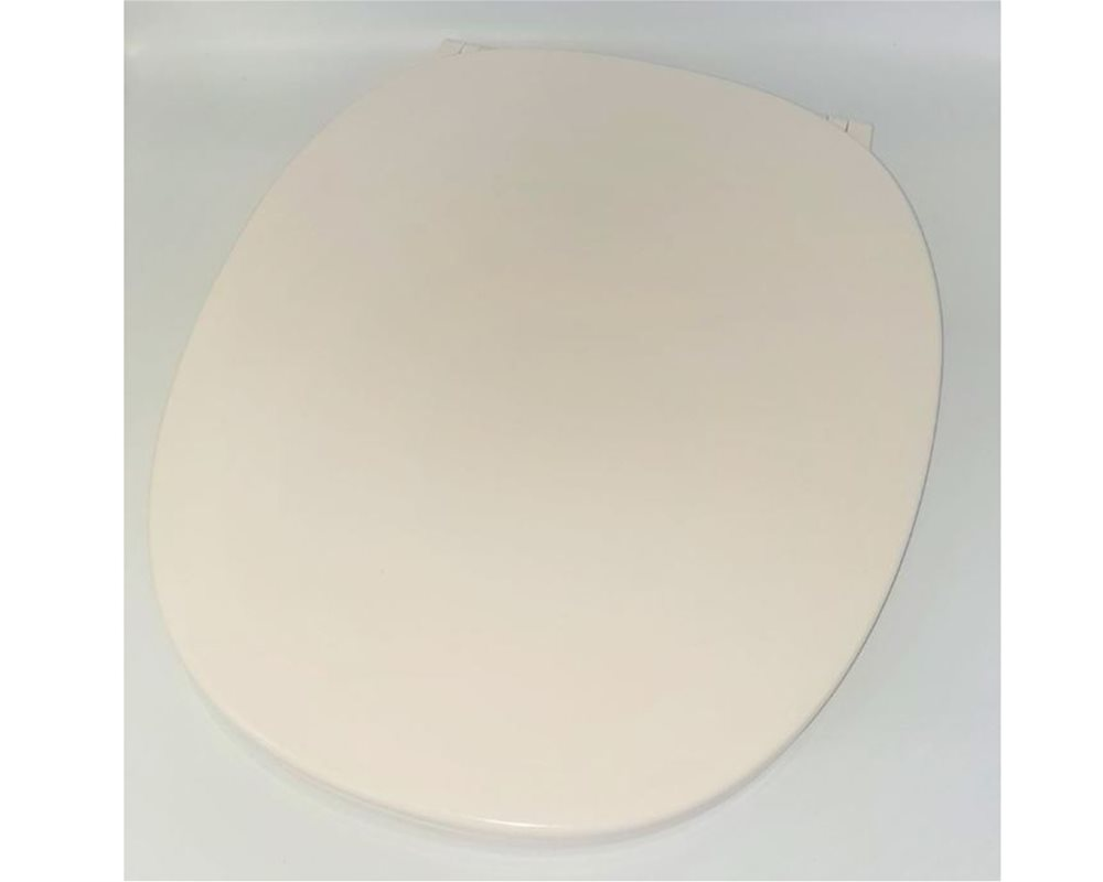 Chartham soft close white toilet seat and cover, with cream background